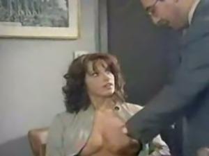 italian schoolgirl doing analsex with her professior