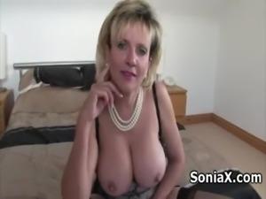 Sexy mature in lingerie rubbing clitoris free