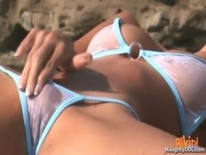 Hot Teen in Bikini42 free