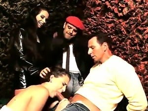 Lyen Parker and Mira Cuckold in naughty group scene of amazingly deep blowjob