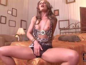 PornSharing.com naked movie - Slender heartbreaker Lepidoptera in black tight...