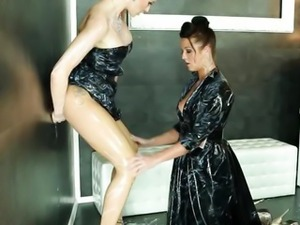 Natalia Broox and Vicktoria Redd getting cumshot at gloryhole in hd