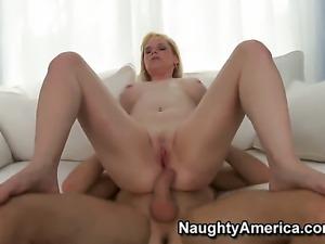 Levi Cash enjoys Horny Cameron Keyss wet hole in hardcore sex action