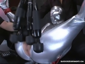 Six magic wand sex toys vibrating on one pussy