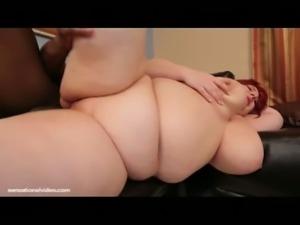 Raylen Starlight gets dripping wet for black dick