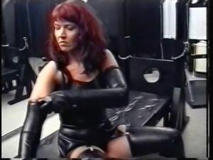Slave polishing mistress german mistress latex