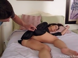 He finds his buddys mom Kendra Lust sleeping in the bedroom. Lovely pantyless...