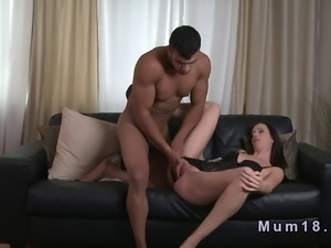 Sexy mature lady in lingerie banged by tanned man
