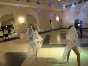 the bride's sexy dance