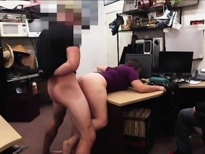 Brunette decides to fucked to avoid jail