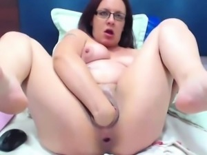 Dirty anal mother Nathaly with double fisting