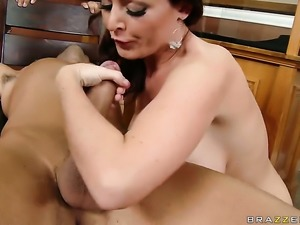 Sophie Dee lets Keiran Lee fuck her pussy after she gets her throat drilled