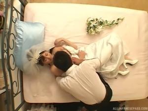 making love to an av idol during the honeymoon