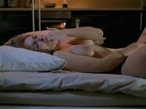 A BIGGER SPLASH - solo intense masturbation and squirt