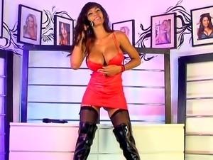 Fernanda Ferrari - Busty Brazilian