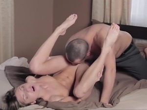 Hungrily eating that wet & cock-gripping pussy