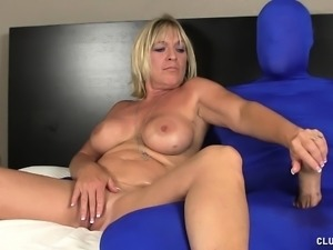 Luscious blonde mom reveals her handjob talents and fingers her peach