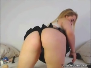 Big titted blonde babe teasing on cam