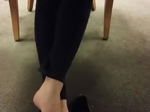 Candid Japanese Lady With Big Feet Shoeplay In The Library