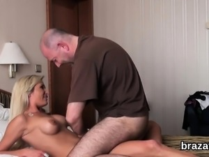 Casting stunner leaves after hardcore sex and asshole drilli