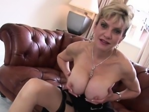 Unfaithful british milf lady sonia flaunts her giant breasts