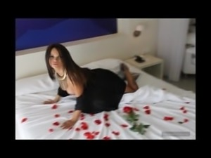 Verónica brazilian dark skinned busty escort in Ibiza - Ibizahoney 2016