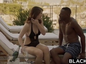 BLACKED Girlfriend Karina White Cheats with BBC on Vacation