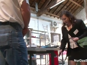 German 63yr old Granny Seduce to Fuck on Workplace