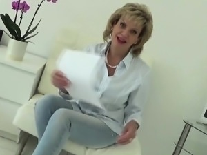 Adulterous english milf lady sonia pops out her huge tits