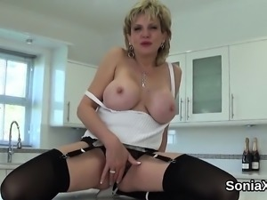 Unfaithful british milf lady sonia shows off her big boobs