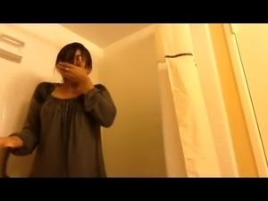 Bengali Singer SHREYA GHOSHAL Ice Bath