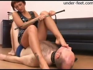 Alsu decides to punish her partner by sitting down on his face