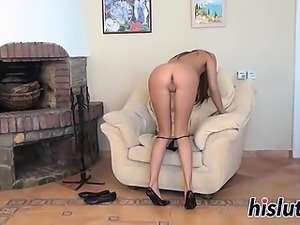 Lusty brunette has fun with her feet