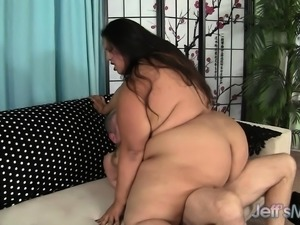 Huge brunette Latina gives good head and gets banged from behind
