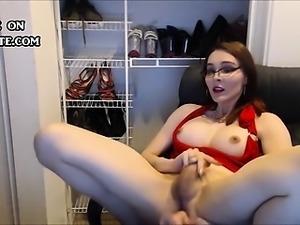 Teen Shemale dildoing her butt hard
