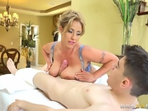 Naughty Eva decides to quickly ride the skinny guy's big cock