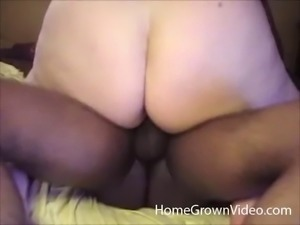 Fat bimbo finally knows how the black dick inside the pussy feels