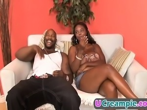 Black Mature woman still has it! Lube that pussy up!