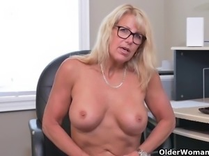 Canadian milf Bianca and American milf Penny strip off their secretary outfit...