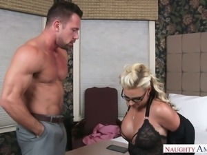 Lucky blonde mommy Phoenix Marie  banged by a horny hunk