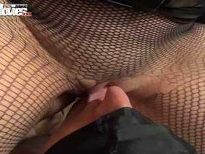 Big assed brunette tramp in sexy corset attacked her submissive freak in face...