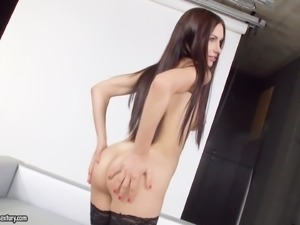 Beauty on the casting couch fucked in her shaved pussy