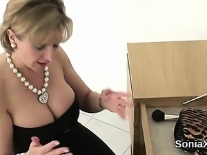 Cheating uk milf gill ellis flashes her huge tits