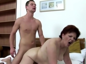 3 mature mothers sharing one lucky son