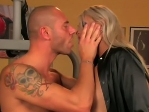 Fitness instructor drills one hussy babe