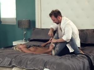 A guy seduces his hot, blonde boss and bangs her brains out