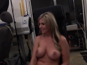 Busty babe Brianna Brooks gets screwed and gives head for his load