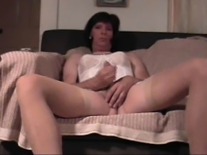 Donna Gives Dildo Drilling