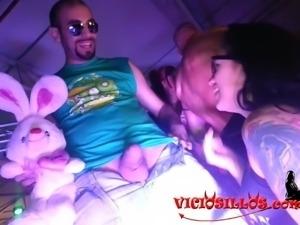 Kevin Diamond, Lulu Pretel y su conejito de peluche