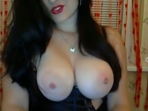 Zealous Russian webcam whore was playing with her fantastic huge tits